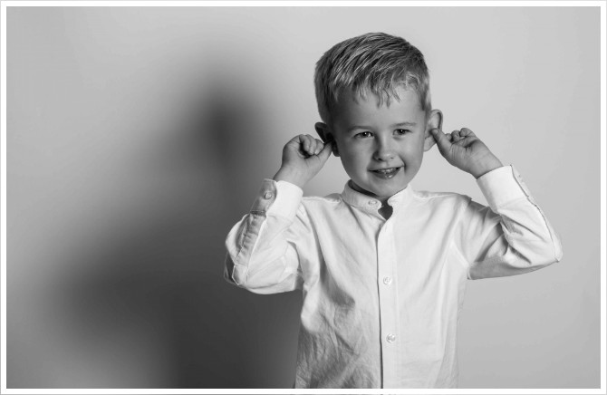 Children baby photographs portraits in St Albans, Hertford Town, Welwyn Garden City Ware, Cheshunt and Broxbourne by QWest Photography